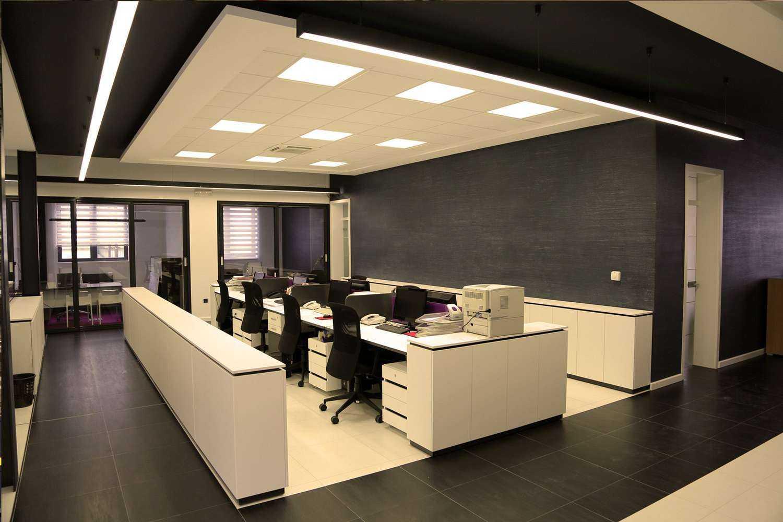 Bürobeleuchtung mit 3000 Kelvin