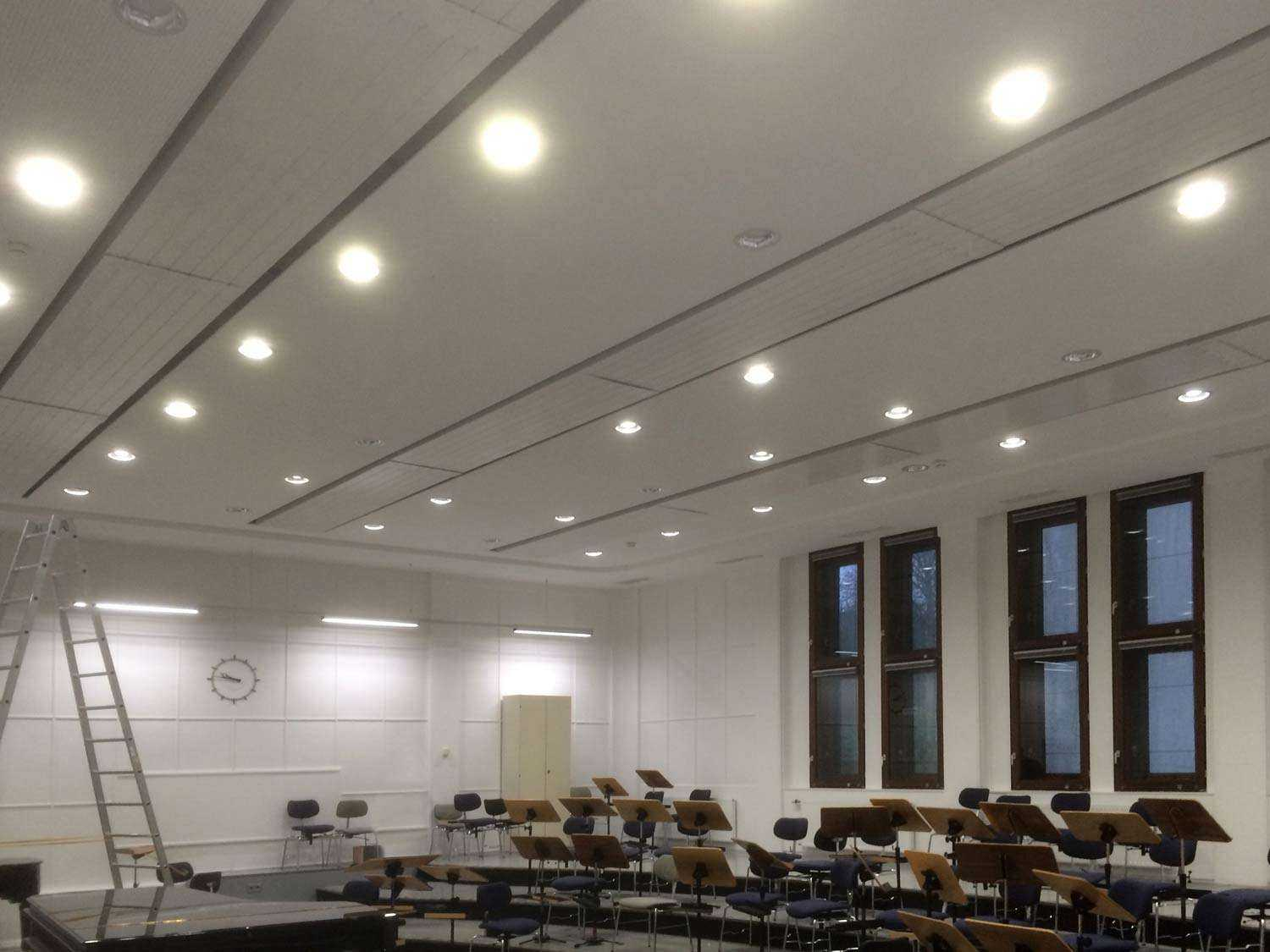 LED Downlights - Beleuchtung Aula