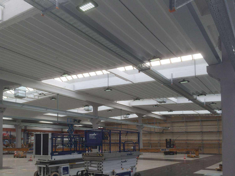 LED Hallenstrahler MH - Lichtsteuerung gedimmt