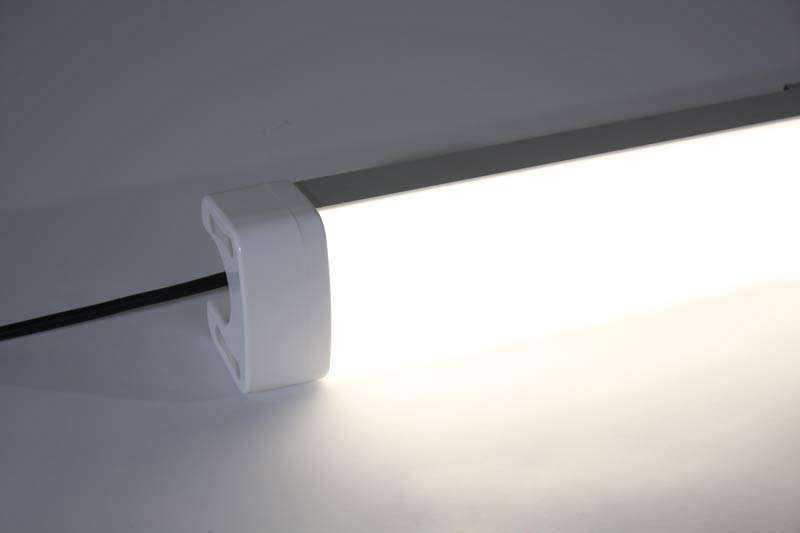 LED universal Arbeitsleuchte 1TP Ansicht 3
