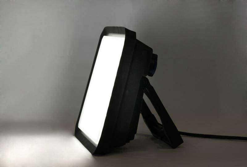 LED Arbeitsleuchte 1DE78 - Ansicht 4