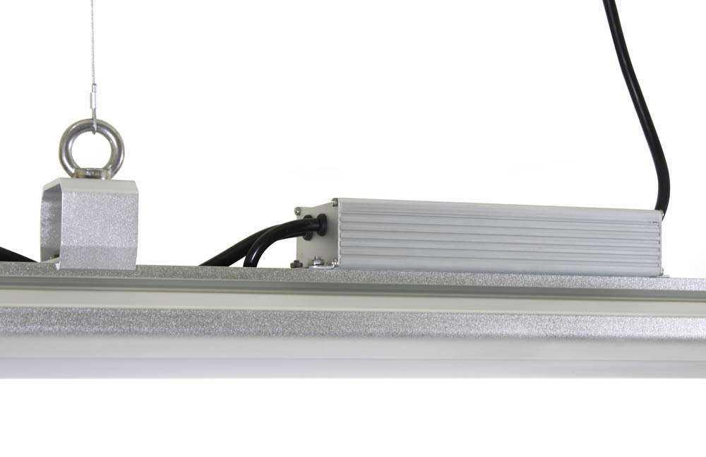 LED-Hallenstrahler Serie HPT - Abhängung 5