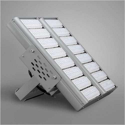 WSH LED Hallenstrahler MC Serie