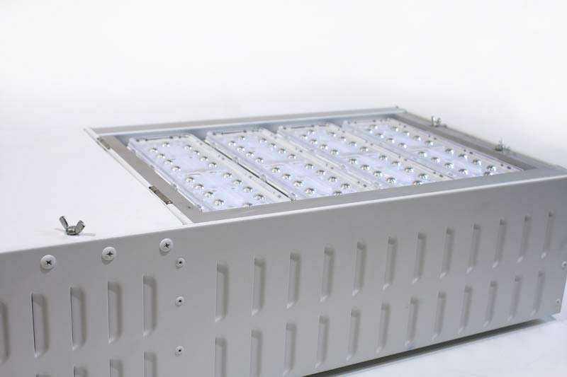 LED Tankstellenleuchte Ansicht 3