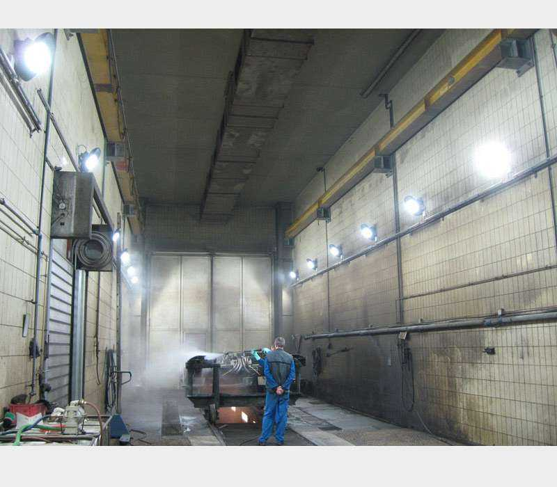LED Hallenstrahler - Anwendung Waschhalle für Züge