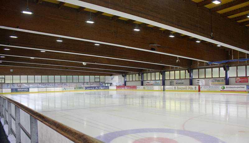 LED Hallenbeleuchtung Eissporthalle