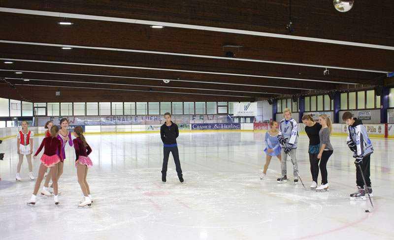 LED Beleuchtungslösung Eissporthalle