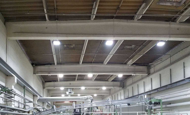 LED Hallenstrahler MH Plus - Produktionshalle Papierprodukte