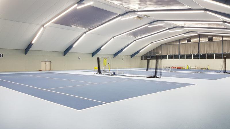 Tennishallenbeleuchtung